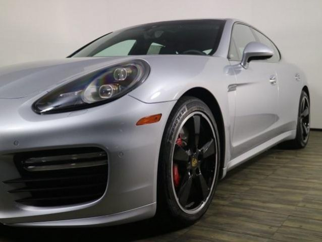 Pre-Owned 2016 Porsche Panamera Turbo