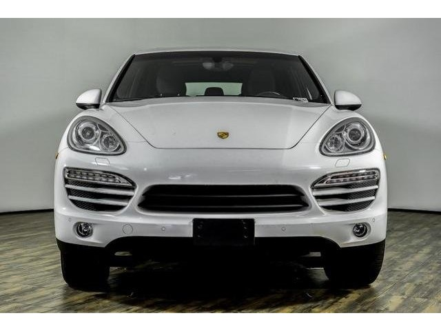 Pre-Owned 2014 Porsche Cayenne Tiptronic
